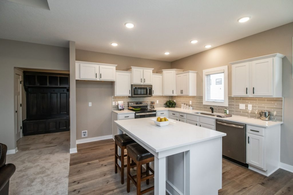 724 Timberview Dr- Staged5