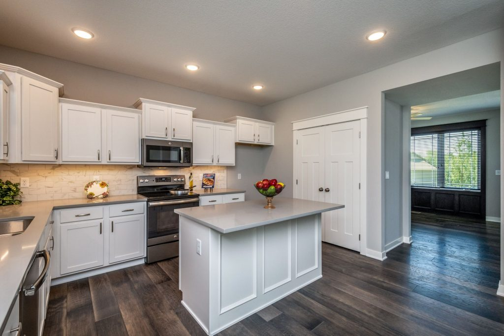 728 Timberview Dr- Staged10