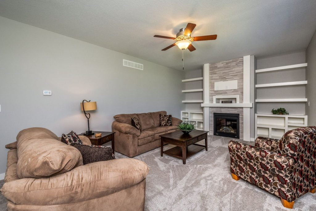 728 Timberview Dr- Staged3